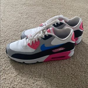 Used Nike Air Max Shoes